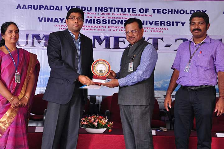 Awardee in AVIT Alumni Meet 2015